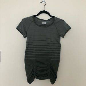 ATHLETA Ruched Tech Tee, size S
